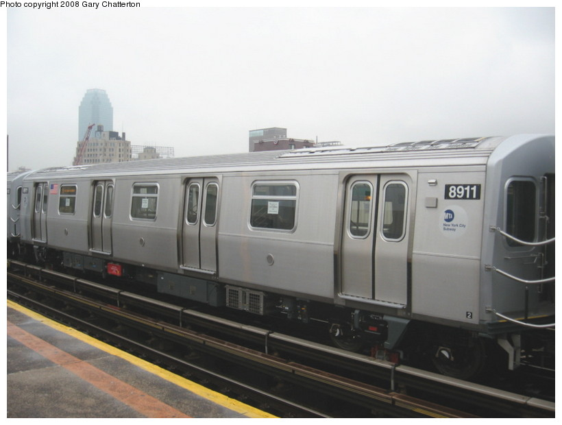 (92k, 820x620)<br><b>Country:</b> United States<br><b>City:</b> New York<br><b>System:</b> New York City Transit<br><b>Line:</b> BMT Astoria Line<br><b>Location:</b> 39th/Beebe Aves. <br><b>Route:</b> Testing<br><b>Car:</b> R-160B (Kawasaki, 2005-2008)  8911 <br><b>Photo by:</b> Gary Chatterton<br><b>Date:</b> 12/27/2007<br><b>Viewed (this week/total):</b> 0 / 1732