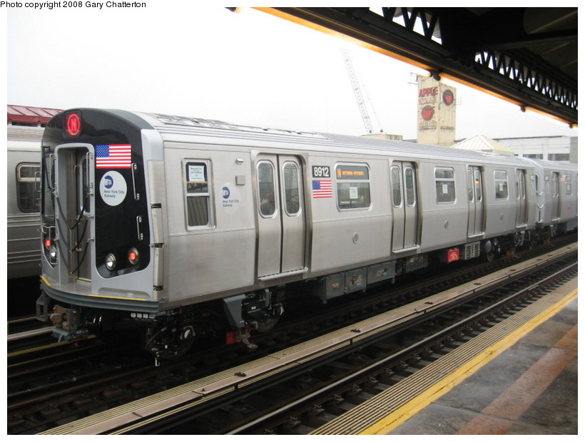 (128k, 820x620)<br><b>Country:</b> United States<br><b>City:</b> New York<br><b>System:</b> New York City Transit<br><b>Line:</b> BMT Astoria Line<br><b>Location:</b> 39th/Beebe Aves. <br><b>Route:</b> Testing<br><b>Car:</b> R-160B (Kawasaki, 2005-2008)  8912 <br><b>Photo by:</b> Gary Chatterton<br><b>Date:</b> 12/27/2007<br><b>Viewed (this week/total):</b> 0 / 1400