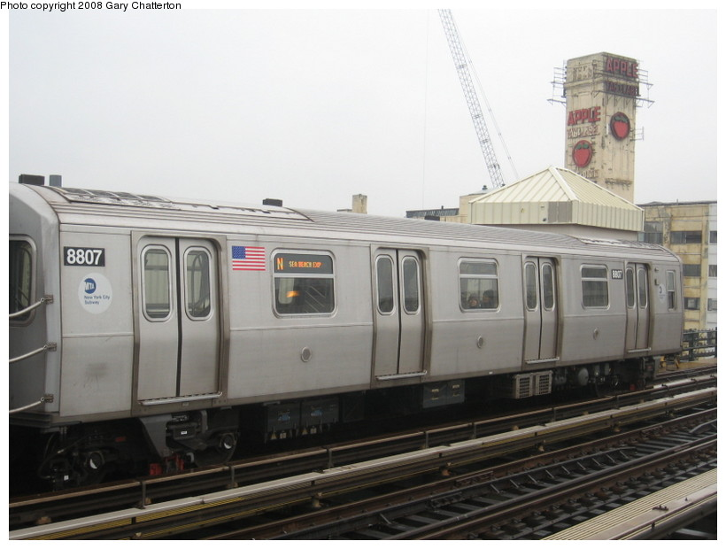(109k, 820x620)<br><b>Country:</b> United States<br><b>City:</b> New York<br><b>System:</b> New York City Transit<br><b>Line:</b> BMT Astoria Line<br><b>Location:</b> 39th/Beebe Aves. <br><b>Route:</b> N<br><b>Car:</b> R-160B (Kawasaki, 2005-2008)  8807 <br><b>Photo by:</b> Gary Chatterton<br><b>Date:</b> 12/27/2007<br><b>Viewed (this week/total):</b> 1 / 884