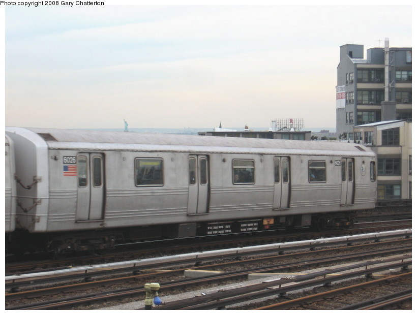 (104k, 820x620)<br><b>Country:</b> United States<br><b>City:</b> New York<br><b>System:</b> New York City Transit<br><b>Line:</b> IND Crosstown Line<br><b>Location:</b> Smith/9th Street <br><b>Route:</b> F<br><b>Car:</b> R-46 (Pullman-Standard, 1974-75) 6026 <br><b>Photo by:</b> Gary Chatterton<br><b>Date:</b> 1/10/2008<br><b>Viewed (this week/total):</b> 2 / 1182