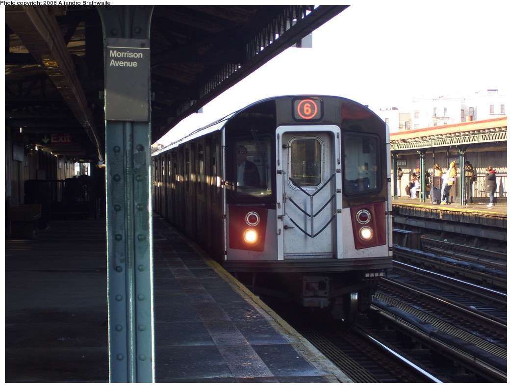 (205k, 1044x791)<br><b>Country:</b> United States<br><b>City:</b> New York<br><b>System:</b> New York City Transit<br><b>Line:</b> IRT Pelham Line<br><b>Location:</b> Morrison/Soundview Aves. <br><b>Route:</b> 6<br><b>Car:</b> R-142A (Primary Order, Kawasaki, 1999-2002)  7355 <br><b>Photo by:</b> Aliandro Brathwaite<br><b>Date:</b> 12/31/2007<br><b>Viewed (this week/total):</b> 3 / 2265