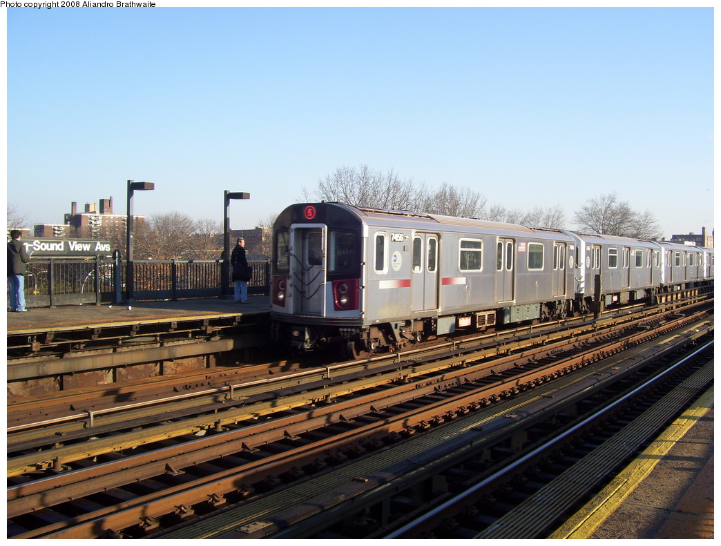 (245k, 1044x791)<br><b>Country:</b> United States<br><b>City:</b> New York<br><b>System:</b> New York City Transit<br><b>Line:</b> IRT Pelham Line<br><b>Location:</b> Morrison/Soundview Aves. <br><b>Route:</b> 6<br><b>Car:</b> R-142A (Primary Order, Kawasaki, 1999-2002)  7456 <br><b>Photo by:</b> Aliandro Brathwaite<br><b>Date:</b> 12/31/2007<br><b>Viewed (this week/total):</b> 1 / 2202