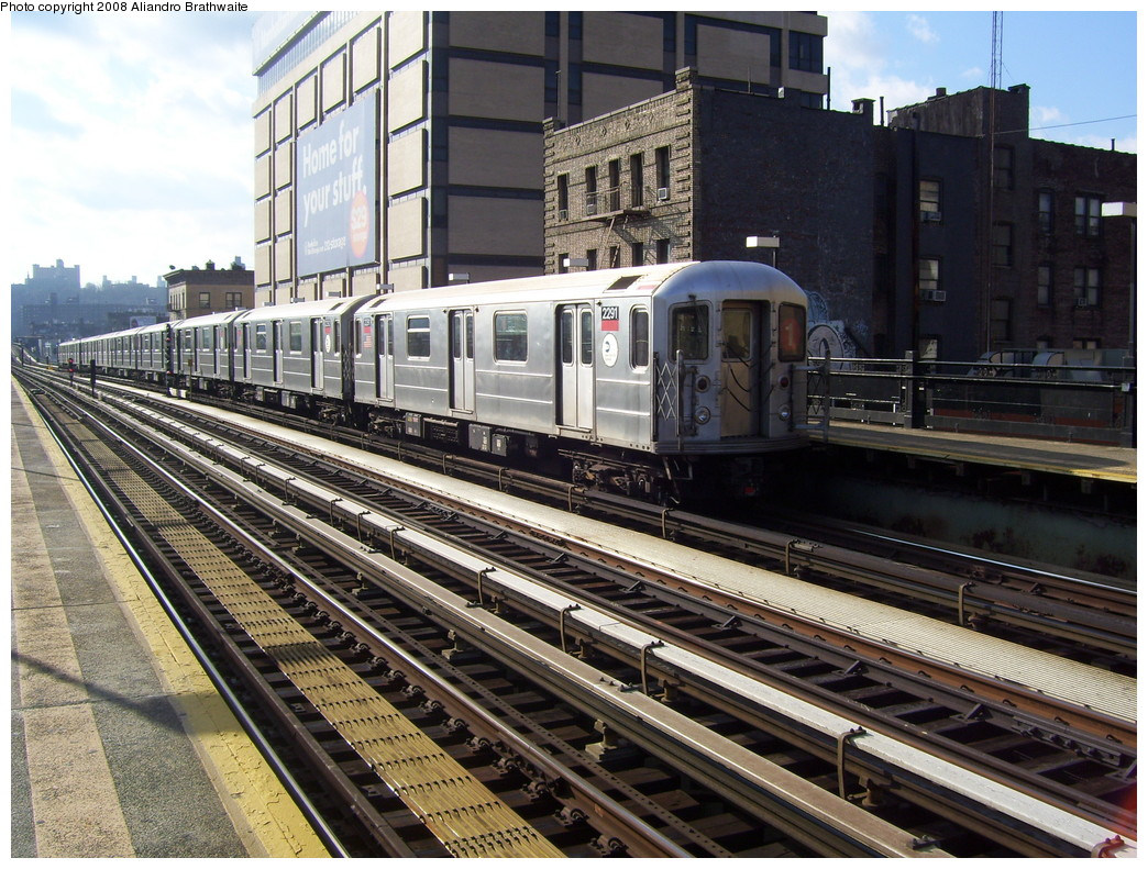 (301k, 1044x791)<br><b>Country:</b> United States<br><b>City:</b> New York<br><b>System:</b> New York City Transit<br><b>Line:</b> IRT West Side Line<br><b>Location:</b> 215th Street <br><b>Route:</b> 1<br><b>Car:</b> R-62A (Bombardier, 1984-1987)  2291 <br><b>Photo by:</b> Aliandro Brathwaite<br><b>Date:</b> 12/31/2007<br><b>Viewed (this week/total):</b> 0 / 1428