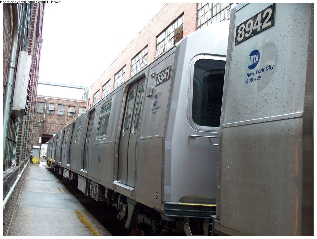 (207k, 1044x788)<br><b>Country:</b> United States<br><b>City:</b> New York<br><b>System:</b> New York City Transit<br><b>Location:</b> 207th Street Yard<br><b>Car:</b> R-160B (Kawasaki, 2005-2008)  8941 <br><b>Photo by:</b> Glenn L. Rowe<br><b>Date:</b> 1/30/2008<br><b>Viewed (this week/total):</b> 0 / 2065
