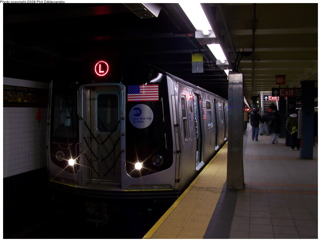 (142k, 1044x788)<br><b>Country:</b> United States<br><b>City:</b> New York<br><b>System:</b> New York City Transit<br><b>Line:</b> BMT Canarsie Line<br><b>Location:</b> Myrtle Avenue <br><b>Route:</b> L<br><b>Car:</b> R-160A-1 (Alstom, 2005-2008, 4 car sets)  8372 <br><b>Photo by:</b> Philip D'Allesandro<br><b>Date:</b> 1/23/2008<br><b>Viewed (this week/total):</b> 0 / 2189