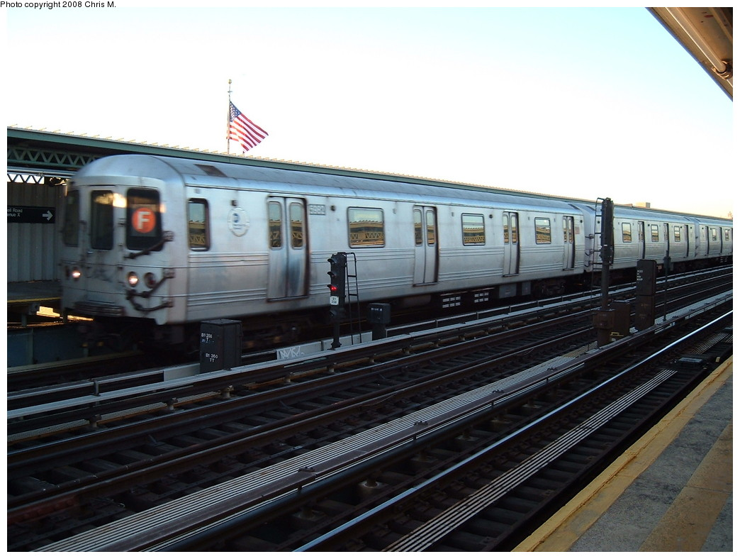 (205k, 1044x788)<br><b>Country:</b> United States<br><b>City:</b> New York<br><b>System:</b> New York City Transit<br><b>Line:</b> BMT Culver Line<br><b>Location:</b> Avenue X <br><b>Route:</b> F<br><b>Car:</b> R-46 (Pullman-Standard, 1974-75) 5982 <br><b>Photo by:</b> Chris M.<br><b>Date:</b> 1/23/2008<br><b>Viewed (this week/total):</b> 1 / 1287