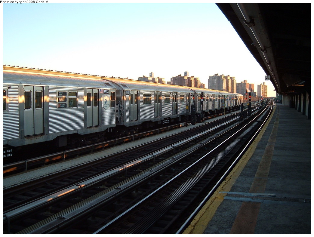(213k, 1044x788)<br><b>Country:</b> United States<br><b>City:</b> New York<br><b>System:</b> New York City Transit<br><b>Line:</b> BMT Culver Line<br><b>Location:</b> Avenue X <br><b>Route:</b> F<br><b>Car:</b> R-32 (Budd, 1964)  3803/3468 <br><b>Photo by:</b> Chris M.<br><b>Date:</b> 1/23/2008<br><b>Viewed (this week/total):</b> 1 / 2003