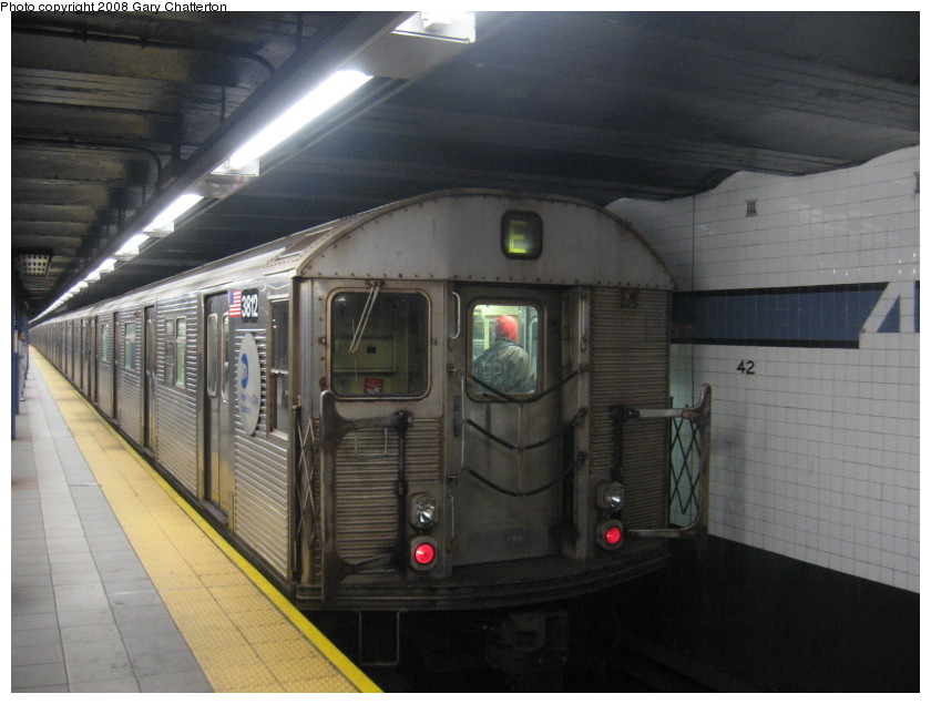(123k, 840x635)<br><b>Country:</b> United States<br><b>City:</b> New York<br><b>System:</b> New York City Transit<br><b>Line:</b> IND 8th Avenue Line<br><b>Location:</b> 42nd Street/Port Authority Bus Terminal <br><b>Route:</b> E<br><b>Car:</b> R-32 (Budd, 1964)  3812 <br><b>Photo by:</b> Gary Chatterton<br><b>Date:</b> 1/22/2008<br><b>Viewed (this week/total):</b> 2 / 1963