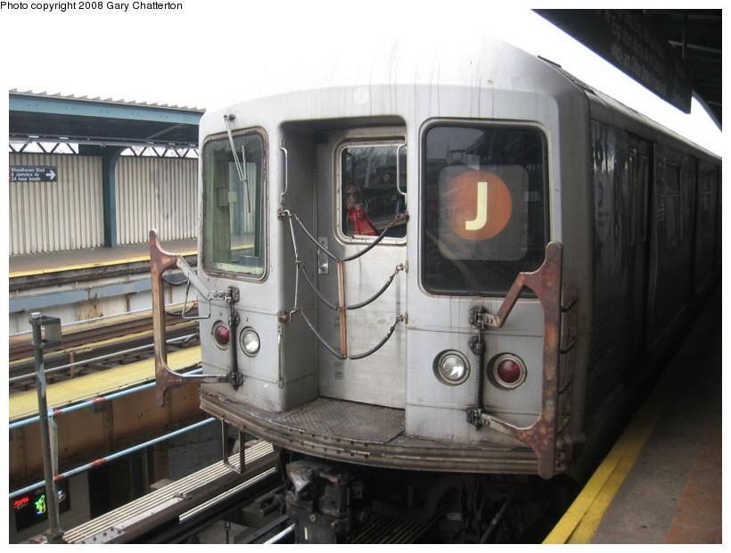 (122k, 820x620)<br><b>Country:</b> United States<br><b>City:</b> New York<br><b>System:</b> New York City Transit<br><b>Line:</b> BMT Nassau Street/Jamaica Line<br><b>Location:</b> Woodhaven Boulevard <br><b>Route:</b> J<br><b>Car:</b> R-42 (St. Louis, 1969-1970)  4702 <br><b>Photo by:</b> Gary Chatterton<br><b>Date:</b> 1/29/2008<br><b>Viewed (this week/total):</b> 0 / 1221