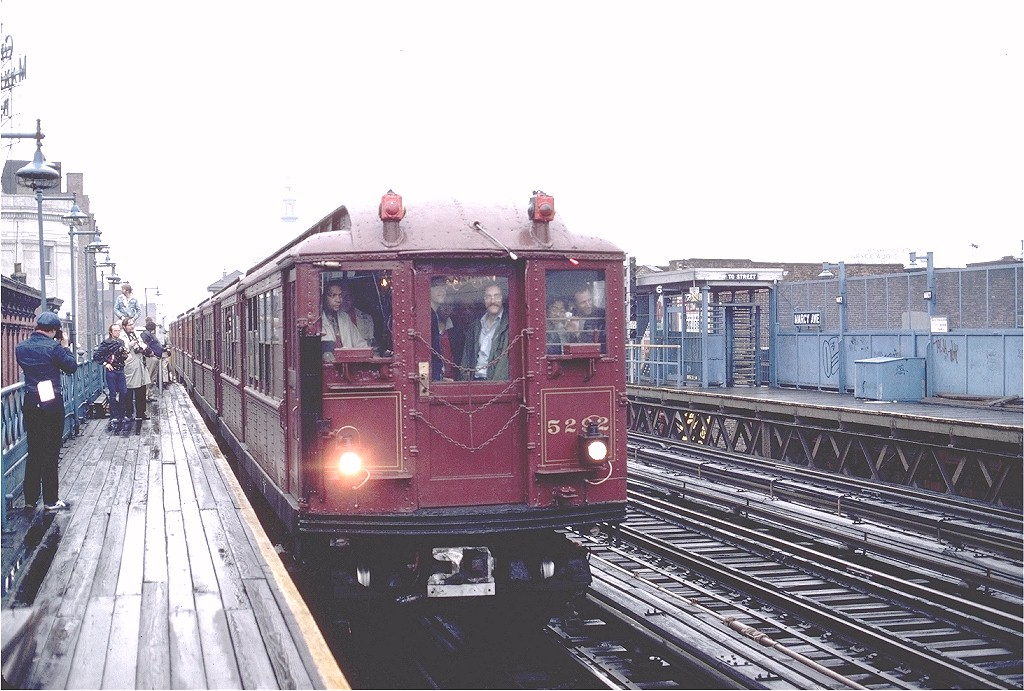 (210k, 1024x691)<br><b>Country:</b> United States<br><b>City:</b> New York<br><b>System:</b> New York City Transit<br><b>Line:</b> BMT Nassau Street/Jamaica Line<br><b>Location:</b> Marcy Avenue <br><b>Route:</b> Fan Trip<br><b>Car:</b> Low-V (Museum Train) 5292 <br><b>Photo by:</b> Gerald H. Landau<br><b>Collection of:</b> Joe Testagrose<br><b>Date:</b> 5/12/1979<br><b>Viewed (this week/total):</b> 1 / 3144