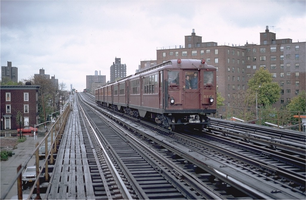 (207k, 1024x672)<br><b>Country:</b> United States<br><b>City:</b> New York<br><b>System:</b> New York City Transit<br><b>Line:</b> IRT White Plains Road Line<br><b>Location:</b> Burke Avenue <br><b>Route:</b> Fan Trip<br><b>Car:</b> Low-V (Museum Train) 5292 <br><b>Photo by:</b> Glenn Smith<br><b>Collection of:</b> Joe Testagrose<br><b>Date:</b> 11/3/1979<br><b>Viewed (this week/total):</b> 0 / 4253