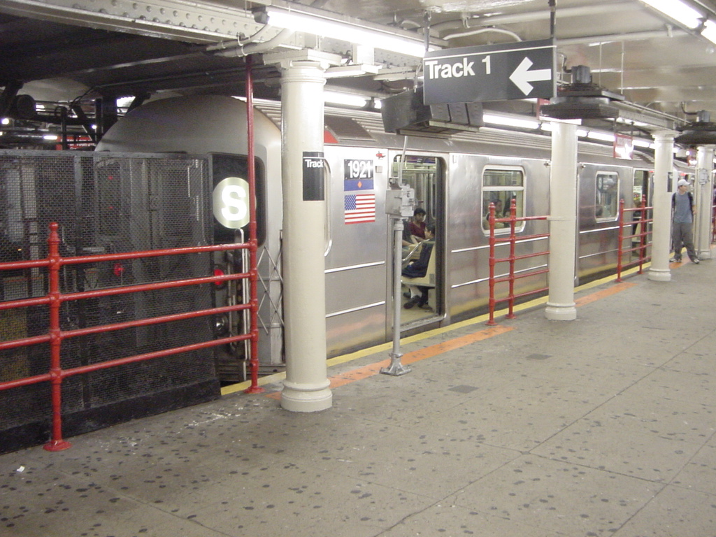 (340k, 1024x768)<br><b>Country:</b> United States<br><b>City:</b> New York<br><b>System:</b> New York City Transit<br><b>Line:</b> IRT Times Square-Grand Central Shuttle<br><b>Location:</b> Times Square <br><b>Car:</b> R-62A (Bombardier, 1984-1987)  1921 <br><b>Photo by:</b> Salaam Allah<br><b>Date:</b> 9/27/2002<br><b>Viewed (this week/total):</b> 7 / 8722
