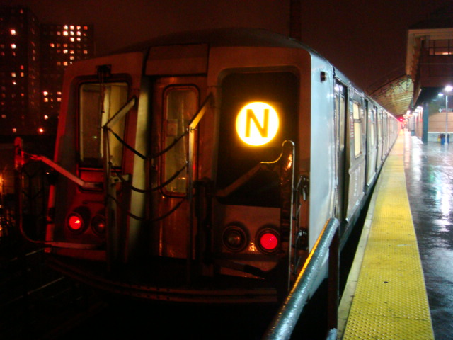 (94k, 640x480)<br><b>Country:</b> United States<br><b>City:</b> New York<br><b>System:</b> New York City Transit<br><b>Location:</b> Coney Island/Stillwell Avenue<br><b>Route:</b> N<br><b>Car:</b> R-40 (St. Louis, 1968)  4313 <br><b>Photo by:</b> Danny Molina<br><b>Date:</b> 2/2/2008<br><b>Viewed (this week/total):</b> 1 / 1690