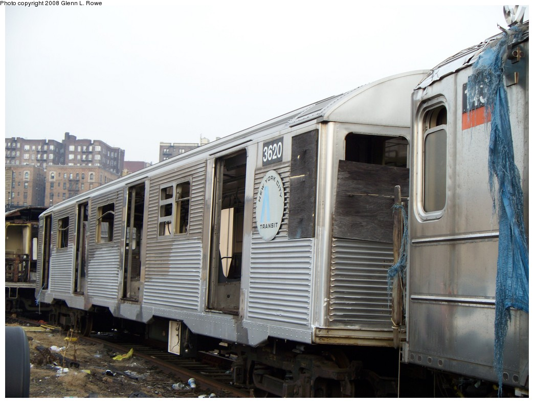 (195k, 1044x788)<br><b>Country:</b> United States<br><b>City:</b> New York<br><b>System:</b> New York City Transit<br><b>Location:</b> 207th Street Yard<br><b>Car:</b> R-32 (Budd, 1964)  3620 <br><b>Photo by:</b> Glenn L. Rowe<br><b>Date:</b> 2/6/2008<br><b>Viewed (this week/total):</b> 1 / 1699