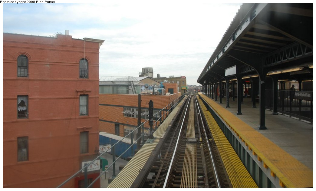 (133k, 1044x631)<br><b>Country:</b> United States<br><b>City:</b> New York<br><b>System:</b> New York City Transit<br><b>Line:</b> BMT Myrtle Avenue Line<br><b>Location:</b> Wyckoff Avenue <br><b>Photo by:</b> Richard Panse<br><b>Date:</b> 2/17/2008<br><b>Viewed (this week/total):</b> 3 / 1632