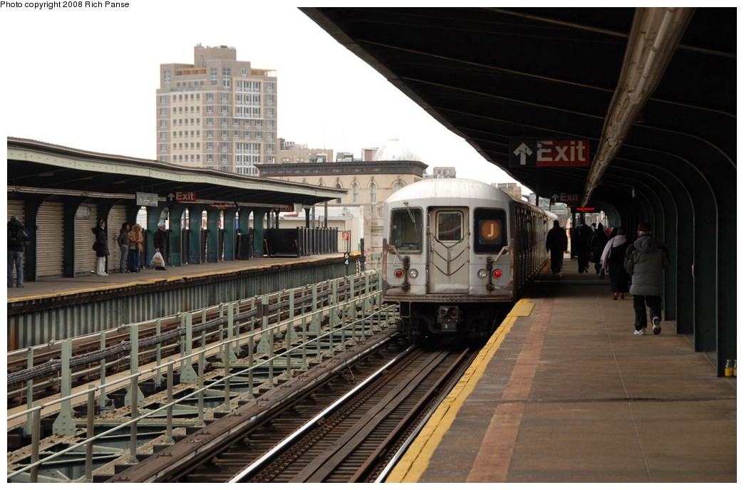 (179k, 1044x688)<br><b>Country:</b> United States<br><b>City:</b> New York<br><b>System:</b> New York City Transit<br><b>Line:</b> BMT Myrtle Avenue Line<br><b>Location:</b> Knickerbocker Avenue <br><b>Route:</b> J reroute.<br><b>Car:</b> R-42 (St. Louis, 1969-1970)  4782 <br><b>Photo by:</b> Richard Panse<br><b>Date:</b> 2/17/2008<br><b>Viewed (this week/total):</b> 1 / 1095