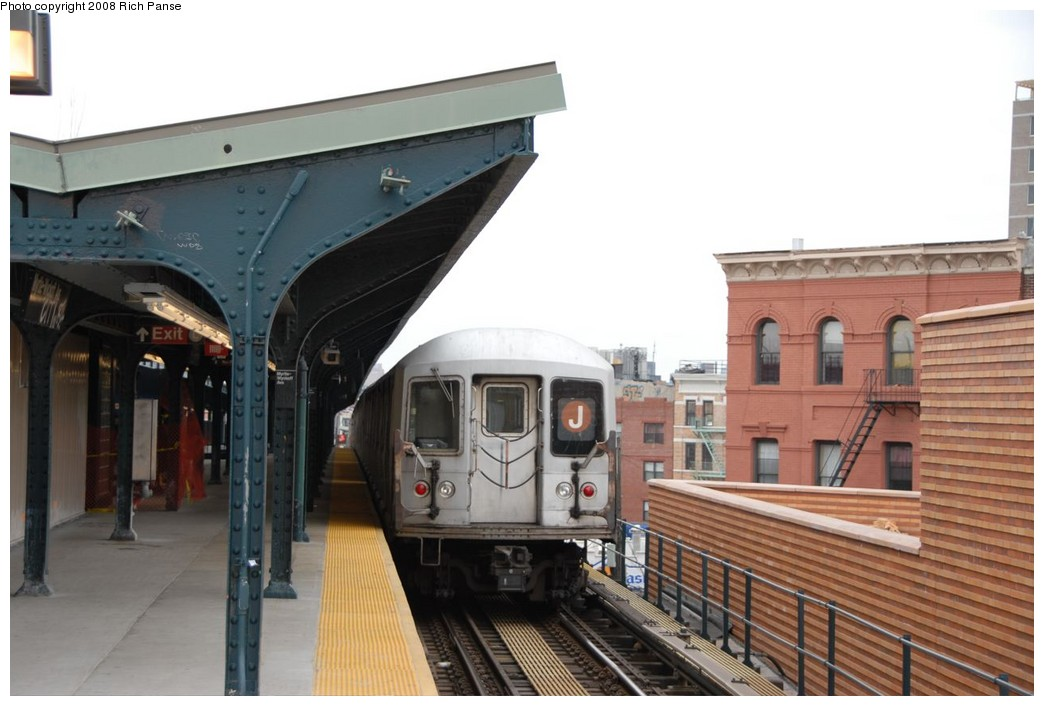 (181k, 1044x706)<br><b>Country:</b> United States<br><b>City:</b> New York<br><b>System:</b> New York City Transit<br><b>Line:</b> BMT Myrtle Avenue Line<br><b>Location:</b> Wyckoff Avenue <br><b>Route:</b> J reroute.<br><b>Car:</b> R-42 (St. Louis, 1969-1970)  4672 <br><b>Photo by:</b> Richard Panse<br><b>Date:</b> 2/17/2008<br><b>Viewed (this week/total):</b> 3 / 990
