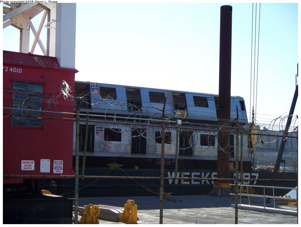 (249k, 1044x788)<br><b>Country:</b> United States<br><b>City:</b> New York<br><b>System:</b> New York City Transit<br><b>Location:</b> 207th Street Yard<br><b>Car:</b> R-42 (St. Louis, 1969-1970)  4901/4904 <br><b>Photo by:</b> Glenn L. Rowe<br><b>Date:</b> 2/21/2008<br><b>Viewed (this week/total):</b> 2 / 1339