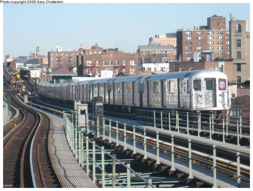 (154k, 820x620)<br><b>Country:</b> United States<br><b>City:</b> New York<br><b>System:</b> New York City Transit<br><b>Line:</b> IRT Flushing Line<br><b>Location:</b> 61st Street/Woodside <br><b>Route:</b> 7<br><b>Car:</b> R-62A (Bombardier, 1984-1987)  1685 <br><b>Photo by:</b> Gary Chatterton<br><b>Date:</b> 2/14/2008<br><b>Viewed (this week/total):</b> 2 / 975