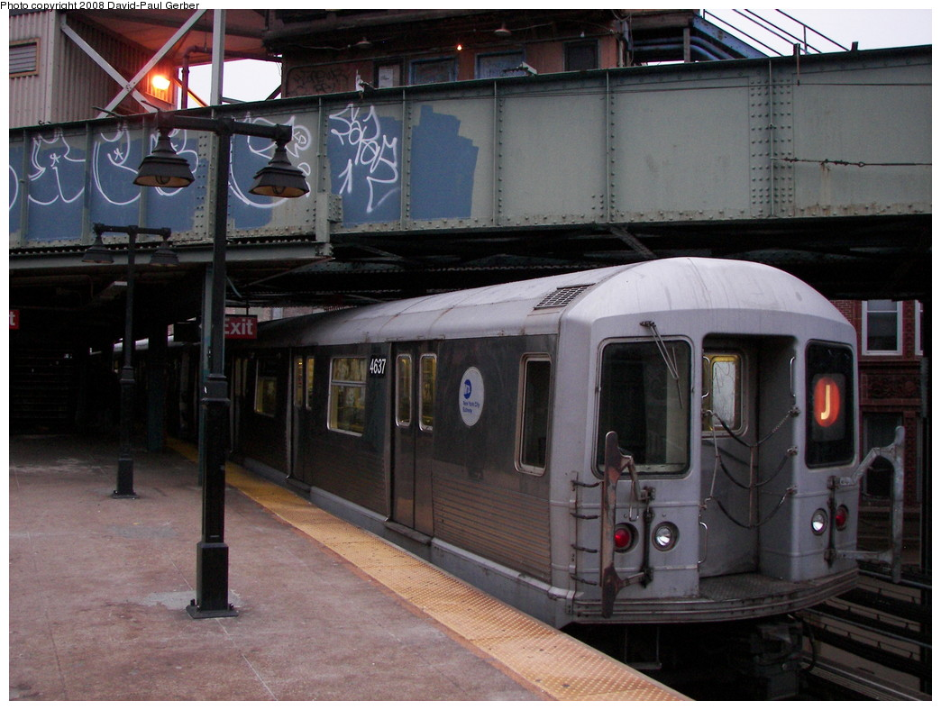 (272k, 1044x788)<br><b>Country:</b> United States<br><b>City:</b> New York<br><b>System:</b> New York City Transit<br><b>Line:</b> BMT Nassau Street/Jamaica Line<br><b>Location:</b> Myrtle Avenue <br><b>Route:</b> J<br><b>Car:</b> R-42 (St. Louis, 1969-1970)  4637 <br><b>Photo by:</b> David-Paul Gerber<br><b>Date:</b> 2/17/2008<br><b>Viewed (this week/total):</b> 1 / 1323