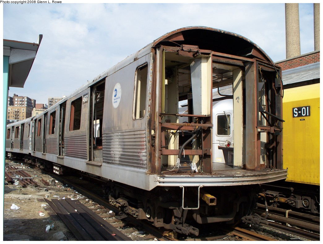 (240k, 1044x788)<br><b>Country:</b> United States<br><b>City:</b> New York<br><b>System:</b> New York City Transit<br><b>Location:</b> 207th Street Yard<br><b>Car:</b> R-42 (St. Louis, 1969-1970)  4931 <br><b>Photo by:</b> Glenn L. Rowe<br><b>Date:</b> 3/3/2008<br><b>Viewed (this week/total):</b> 3 / 1326