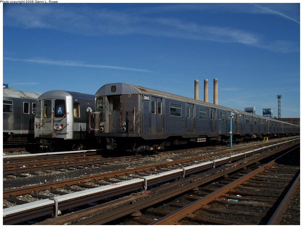 (215k, 1044x788)<br><b>Country:</b> United States<br><b>City:</b> New York<br><b>System:</b> New York City Transit<br><b>Location:</b> 207th Street Yard<br><b>Car:</b> R-32 (Budd, 1964)  3865 <br><b>Photo by:</b> Glenn L. Rowe<br><b>Date:</b> 3/6/2008<br><b>Viewed (this week/total):</b> 1 / 1449