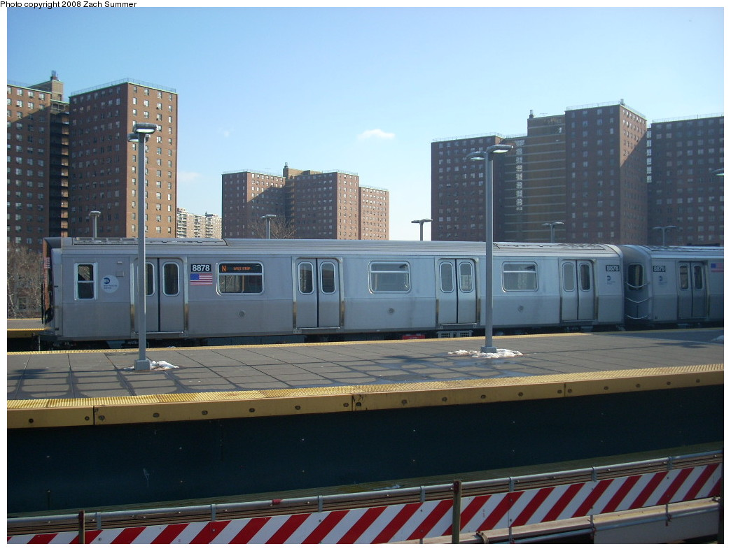 (228k, 1044x788)<br><b>Country:</b> United States<br><b>City:</b> New York<br><b>System:</b> New York City Transit<br><b>Location:</b> Coney Island/Stillwell Avenue<br><b>Route:</b> N<br><b>Car:</b> R-160B (Kawasaki, 2005-2008)  8878 <br><b>Photo by:</b> Zach Summer<br><b>Date:</b> 12/20/2007<br><b>Viewed (this week/total):</b> 3 / 1207