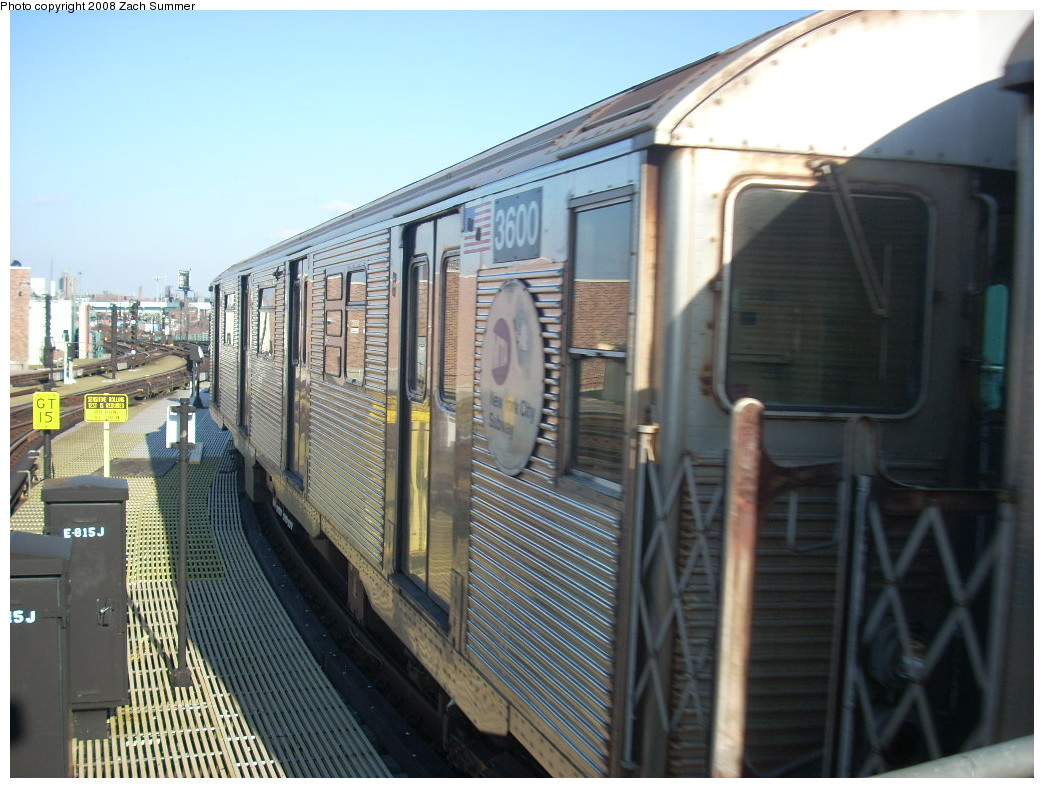 (256k, 1044x788)<br><b>Country:</b> United States<br><b>City:</b> New York<br><b>System:</b> New York City Transit<br><b>Location:</b> Coney Island/Stillwell Avenue<br><b>Route:</b> Layup<br><b>Car:</b> R-32 (Budd, 1964)  3600 <br><b>Photo by:</b> Zach Summer<br><b>Date:</b> 12/20/2007<br><b>Viewed (this week/total):</b> 3 / 871