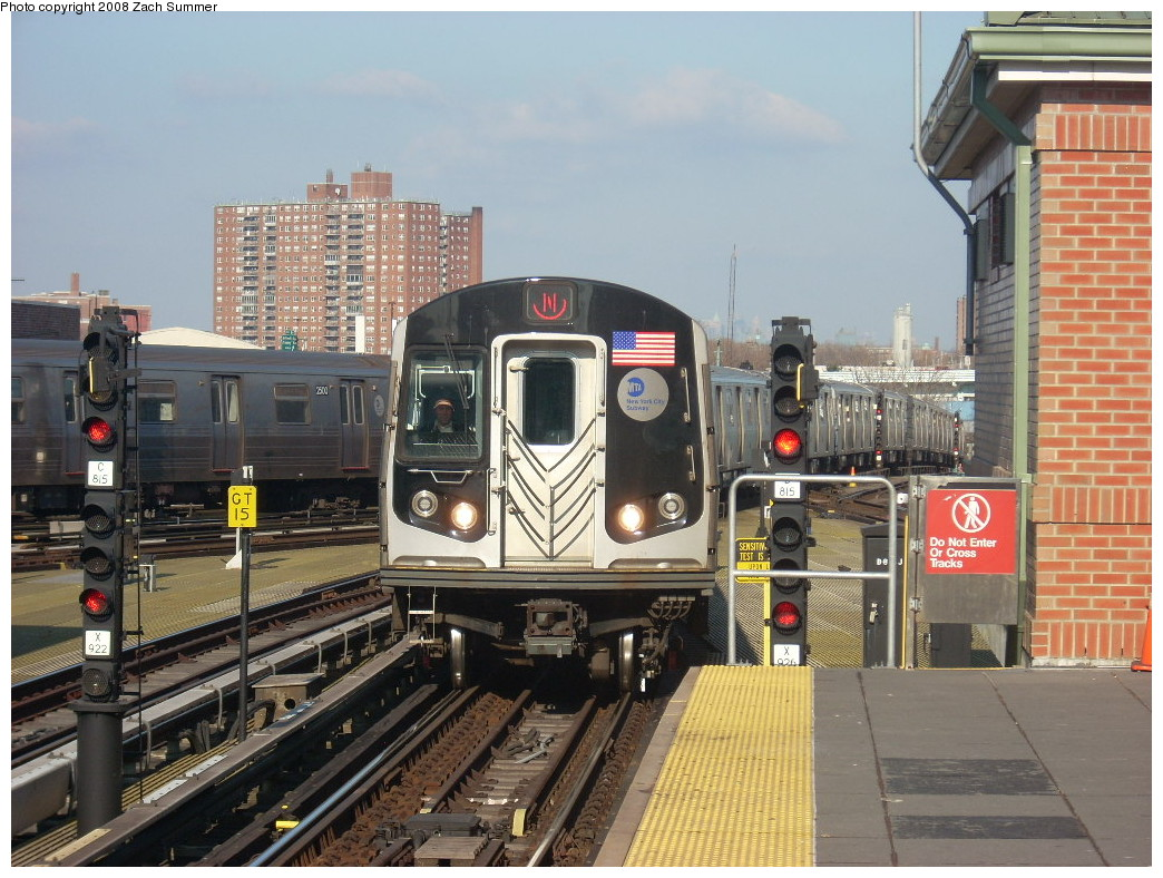 (282k, 1044x788)<br><b>Country:</b> United States<br><b>City:</b> New York<br><b>System:</b> New York City Transit<br><b>Location:</b> Coney Island/Stillwell Avenue<br><b>Route:</b> N<br><b>Car:</b> R-160B (Kawasaki, 2005-2008)  8728 <br><b>Photo by:</b> Zach Summer<br><b>Date:</b> 12/20/2007<br><b>Viewed (this week/total):</b> 0 / 1118