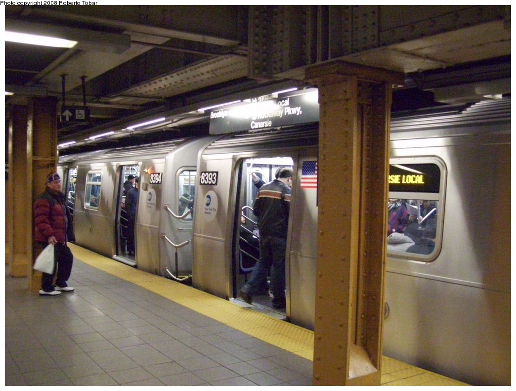 (219k, 1044x791)<br><b>Country:</b> United States<br><b>City:</b> New York<br><b>System:</b> New York City Transit<br><b>Line:</b> BMT Canarsie Line<br><b>Location:</b> Union Square <br><b>Route:</b> L<br><b>Car:</b> R-160A-1 (Alstom, 2005-2008, 4 car sets)  8393 <br><b>Photo by:</b> Roberto C. Tobar<br><b>Date:</b> 3/5/2008<br><b>Viewed (this week/total):</b> 0 / 1873