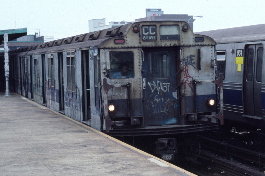 (77k, 900x598)<br><b>Country:</b> United States<br><b>City:</b> New York<br><b>System:</b> New York City Transit<br><b>Line:</b> IND Rockaway<br><b>Location:</b> Rockaway Park/Beach 116th Street <br><b>Route:</b> CC<br><b>Car:</b> R-10 (American Car & Foundry, 1948) 2972 <br><b>Photo by:</b> Robert Callahan<br><b>Date:</b> 8/30/1980<br><b>Viewed (this week/total):</b> 8 / 1593