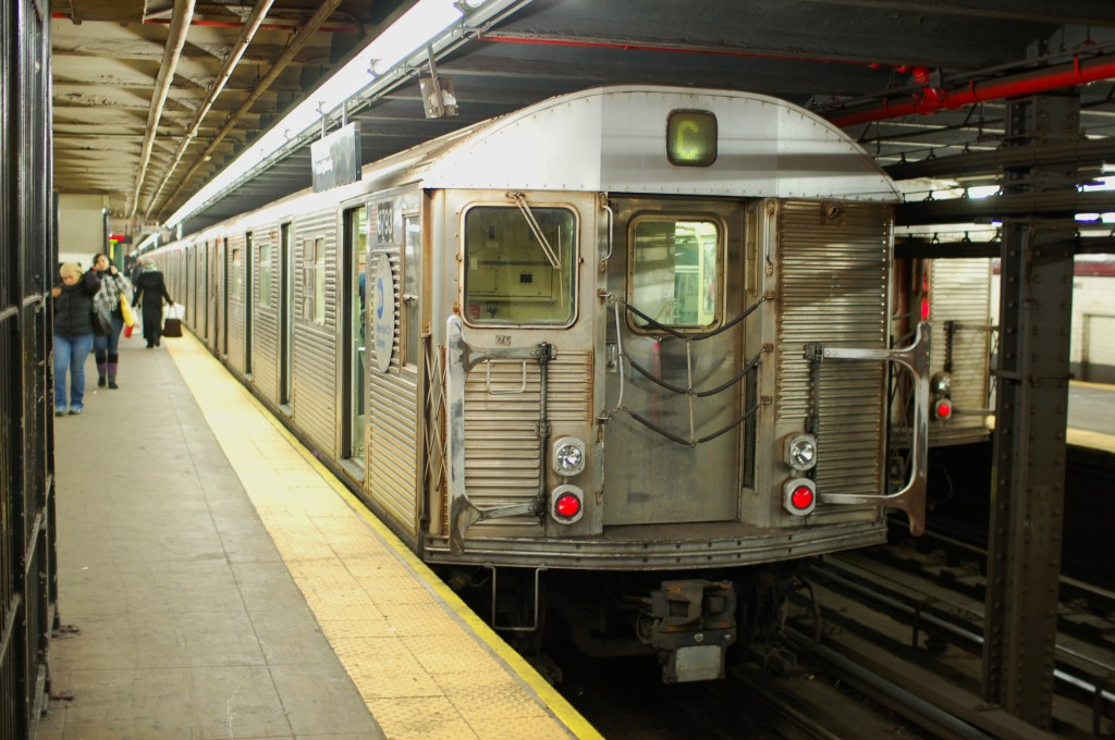 (235k, 1024x680)<br><b>Country:</b> United States<br><b>City:</b> New York<br><b>System:</b> New York City Transit<br><b>Line:</b> IND 8th Avenue Line<br><b>Location:</b> 168th Street <br><b>Route:</b> C<br><b>Car:</b> R-32 (Budd, 1964)  3793 <br><b>Photo by:</b> Brian Weinberg<br><b>Date:</b> 1/5/2009<br><b>Viewed (this week/total):</b> 1 / 1255
