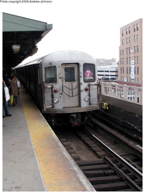 (143k, 590x786)<br><b>Country:</b> United States<br><b>City:</b> New York<br><b>System:</b> New York City Transit<br><b>Line:</b> IRT Flushing Line<br><b>Location:</b> Queensborough Plaza <br><b>Route:</b> 7<br><b>Car:</b> R-62A (Bombardier, 1984-1987)  1715 <br><b>Photo by:</b> Andrew Johnson<br><b>Date:</b> 3/14/2008<br><b>Viewed (this week/total):</b> 0 / 873