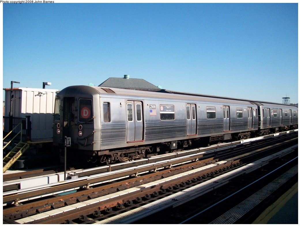 (209k, 1044x788)<br><b>Country:</b> United States<br><b>City:</b> New York<br><b>System:</b> New York City Transit<br><b>Line:</b> BMT West End Line<br><b>Location:</b> Fort Hamilton Parkway <br><b>Route:</b> D<br><b>Car:</b> R-68 (Westinghouse-Amrail, 1986-1988)  2568 <br><b>Photo by:</b> John Barnes<br><b>Date:</b> 3/17/2008<br><b>Viewed (this week/total):</b> 1 / 1355