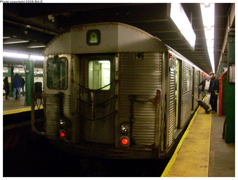 (172k, 819x619)<br><b>Country:</b> United States<br><b>City:</b> New York<br><b>System:</b> New York City Transit<br><b>Line:</b> IND 8th Avenue Line<br><b>Location:</b> West 4th Street/Washington Square <br><b>Route:</b> A<br><b>Car:</b> R-32 (Budd, 1964)  3822 <br><b>Photo by:</b> Bill E.<br><b>Date:</b> 3/16/2008<br><b>Viewed (this week/total):</b> 2 / 1127