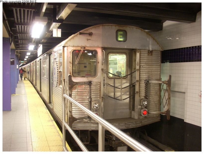 (163k, 819x619)<br><b>Country:</b> United States<br><b>City:</b> New York<br><b>System:</b> New York City Transit<br><b>Line:</b> IND 8th Avenue Line<br><b>Location:</b> Chambers Street/World Trade Center <br><b>Route:</b> E<br><b>Car:</b> R-32 (Budd, 1964)  3354 <br><b>Photo by:</b> Bill E.<br><b>Date:</b> 3/29/2008<br><b>Viewed (this week/total):</b> 2 / 1673