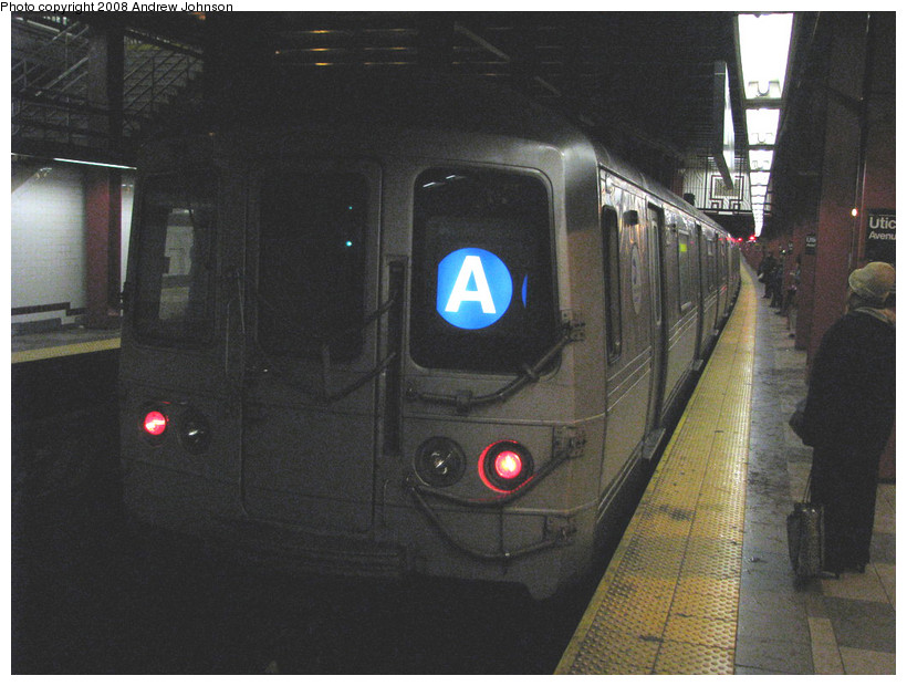 (160k, 820x620)<br><b>Country:</b> United States<br><b>City:</b> New York<br><b>System:</b> New York City Transit<br><b>Line:</b> IND Fulton Street Line<br><b>Location:</b> Utica Avenue <br><b>Route:</b> A<br><b>Car:</b> R-44 (St. Louis, 1971-73) 5270 <br><b>Photo by:</b> Andrew Johnson<br><b>Date:</b> 3/19/2008<br><b>Viewed (this week/total):</b> 0 / 1576