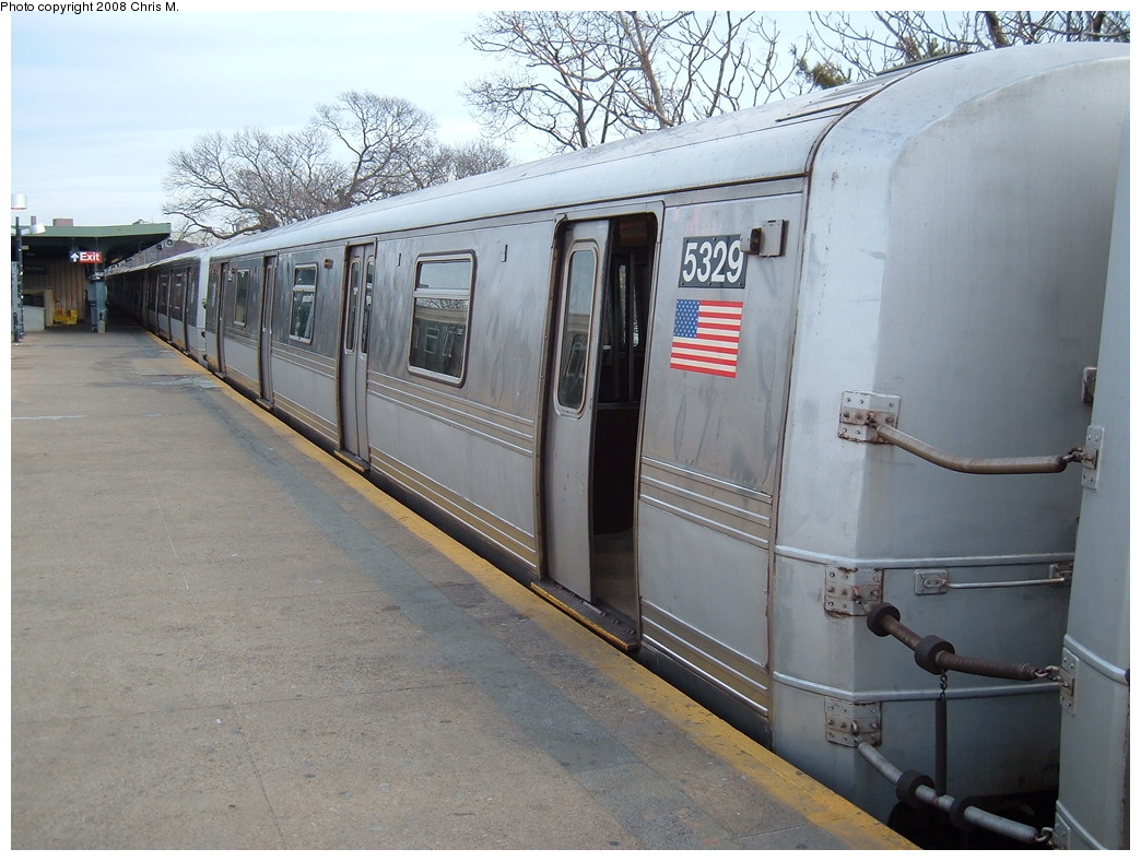(226k, 1044x788)<br><b>Country:</b> United States<br><b>City:</b> New York<br><b>System:</b> New York City Transit<br><b>Line:</b> IND Rockaway<br><b>Location:</b> Mott Avenue/Far Rockaway <br><b>Route:</b> A<br><b>Car:</b> R-44 (St. Louis, 1971-73) 5329 <br><b>Photo by:</b> Chris M.<br><b>Date:</b> 1/29/2008<br><b>Viewed (this week/total):</b> 0 / 1126