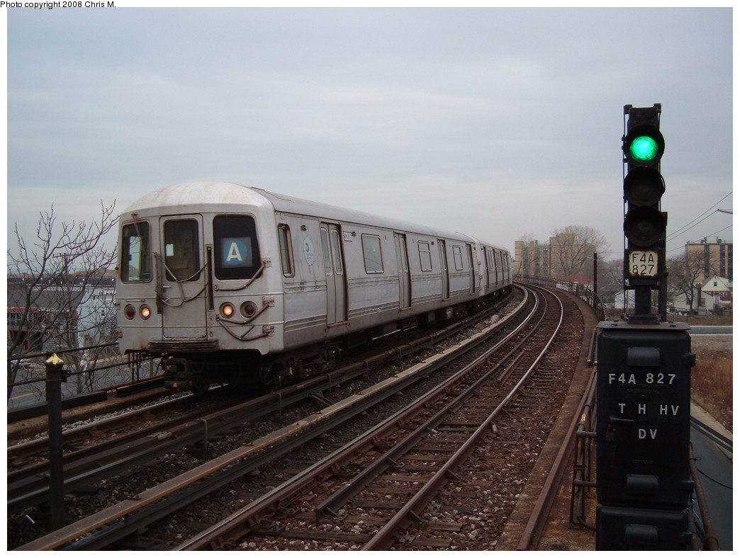 (198k, 1044x788)<br><b>Country:</b> United States<br><b>City:</b> New York<br><b>System:</b> New York City Transit<br><b>Line:</b> IND Rockaway<br><b>Location:</b> Beach 60th Street/Straiton <br><b>Route:</b> A<br><b>Car:</b> R-44 (St. Louis, 1971-73) 5206 <br><b>Photo by:</b> Chris M.<br><b>Date:</b> 1/29/2008<br><b>Viewed (this week/total):</b> 0 / 1065