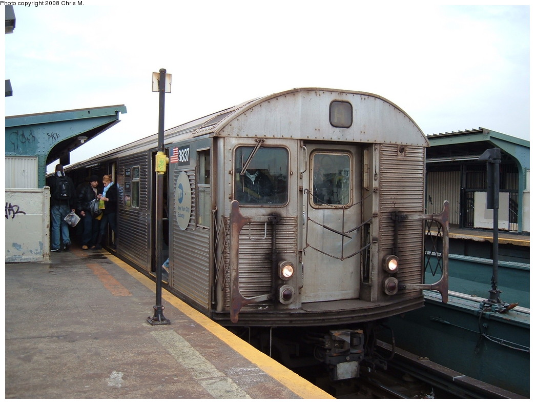 (209k, 1044x788)<br><b>Country:</b> United States<br><b>City:</b> New York<br><b>System:</b> New York City Transit<br><b>Line:</b> IND Fulton Street Line<br><b>Location:</b> Rockaway Boulevard <br><b>Route:</b> A<br><b>Car:</b> R-32 (Budd, 1964)  3837 <br><b>Photo by:</b> Chris M.<br><b>Date:</b> 1/29/2008<br><b>Viewed (this week/total):</b> 4 / 953