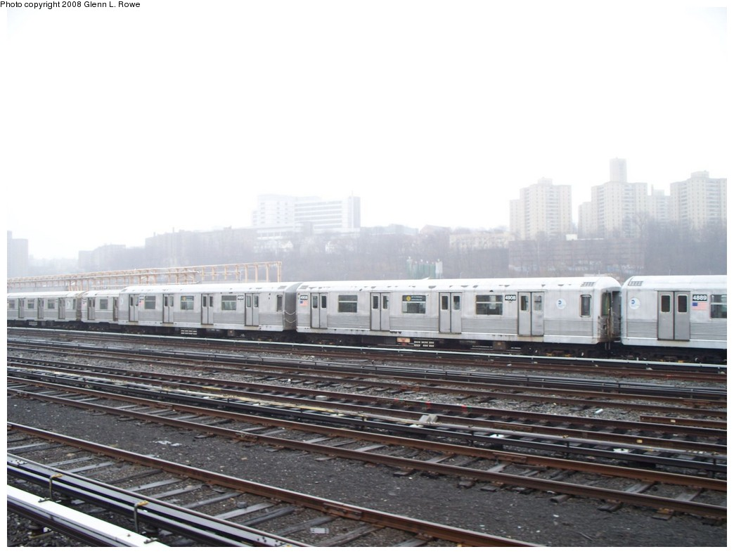 (172k, 1044x788)<br><b>Country:</b> United States<br><b>City:</b> New York<br><b>System:</b> New York City Transit<br><b>Location:</b> 207th Street Yard<br><b>Car:</b> R-42 (St. Louis, 1969-1970)  4908 <br><b>Photo by:</b> Glenn L. Rowe<br><b>Date:</b> 4/4/2008<br><b>Viewed (this week/total):</b> 0 / 1423