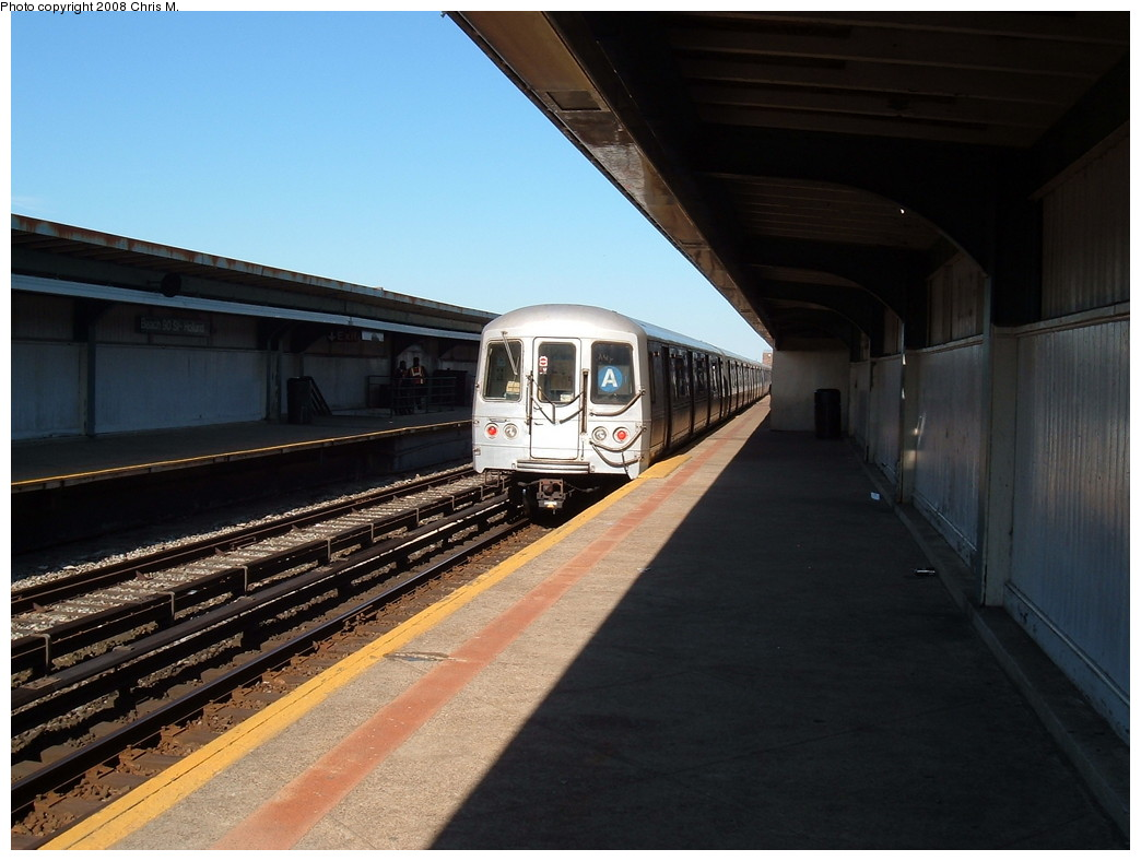 (189k, 1044x788)<br><b>Country:</b> United States<br><b>City:</b> New York<br><b>System:</b> New York City Transit<br><b>Line:</b> IND Rockaway<br><b>Location:</b> Beach 90th Street/Holland <br><b>Route:</b> A<br><b>Car:</b> R-44 (St. Louis, 1971-73)  <br><b>Photo by:</b> Chris M.<br><b>Date:</b> 4/5/2008<br><b>Viewed (this week/total):</b> 1 / 784