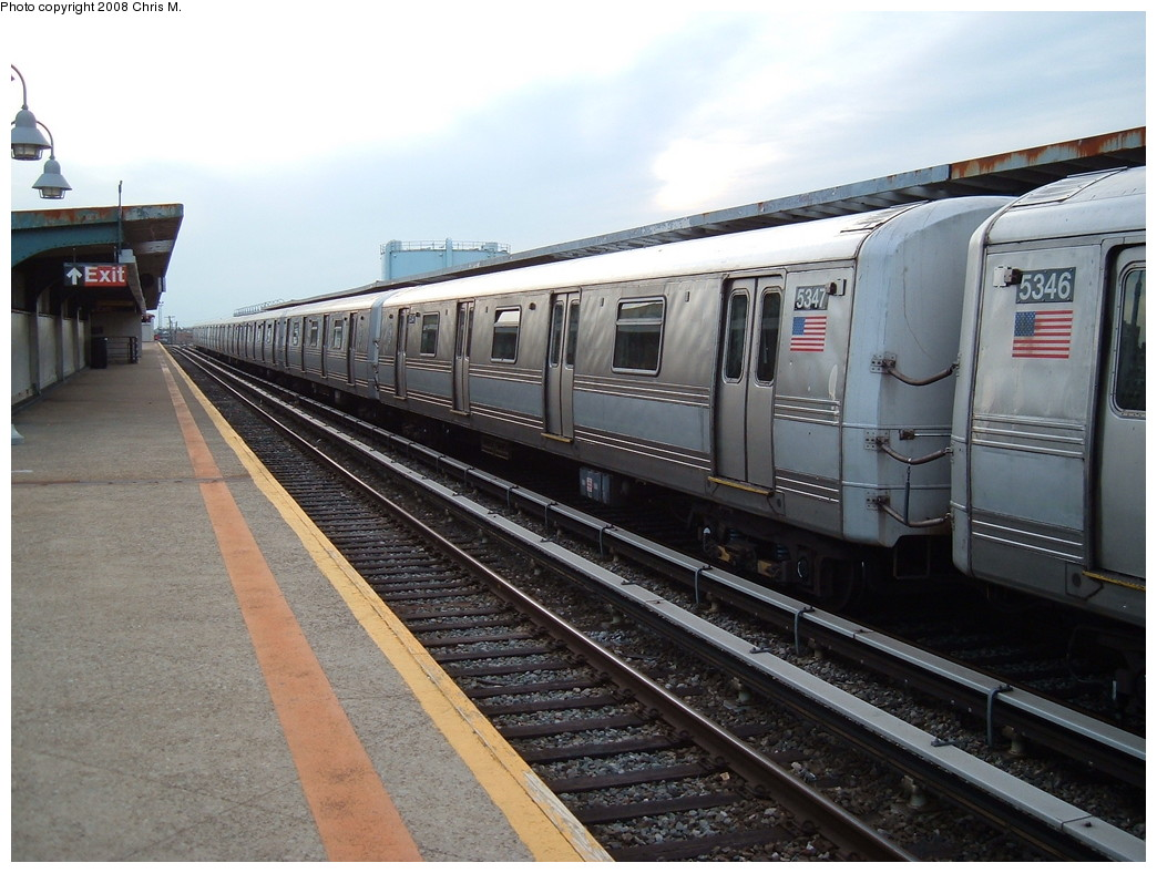 (223k, 1044x788)<br><b>Country:</b> United States<br><b>City:</b> New York<br><b>System:</b> New York City Transit<br><b>Line:</b> IND Rockaway<br><b>Location:</b> Beach 105th Street/Seaside <br><b>Route:</b> A<br><b>Car:</b> R-44 (St. Louis, 1971-73) 5347 <br><b>Photo by:</b> Chris M.<br><b>Date:</b> 4/5/2008<br><b>Viewed (this week/total):</b> 0 / 1123