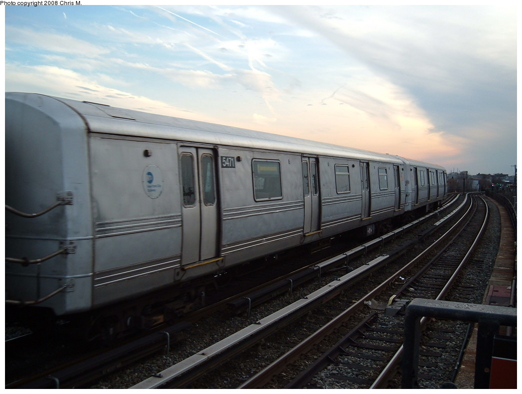 (179k, 1044x788)<br><b>Country:</b> United States<br><b>City:</b> New York<br><b>System:</b> New York City Transit<br><b>Line:</b> IND Rockaway<br><b>Location:</b> Beach 105th Street/Seaside <br><b>Route:</b> A<br><b>Car:</b> R-44 (St. Louis, 1971-73) 5471 <br><b>Photo by:</b> Chris M.<br><b>Date:</b> 4/5/2008<br><b>Viewed (this week/total):</b> 0 / 1294