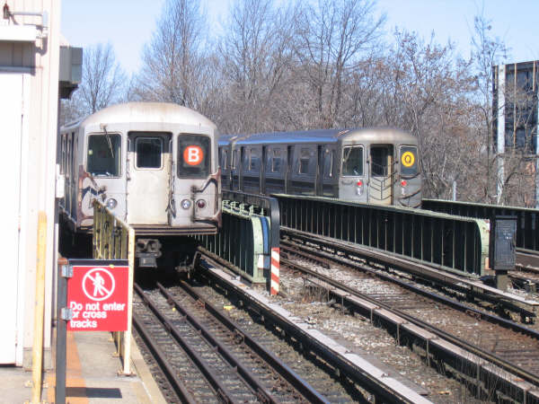 (57k, 600x450)<br><b>Country:</b> United States<br><b>City:</b> New York<br><b>System:</b> New York City Transit<br><b>Line:</b> BMT Brighton Line<br><b>Location:</b> Sheepshead Bay <br><b>Route:</b> Layup<br><b>Car:</b> R-40M (St. Louis, 1969)   <br><b>Photo by:</b> Professor J<br><b>Date:</b> 3/2008<br><b>Viewed (this week/total):</b> 1 / 1650