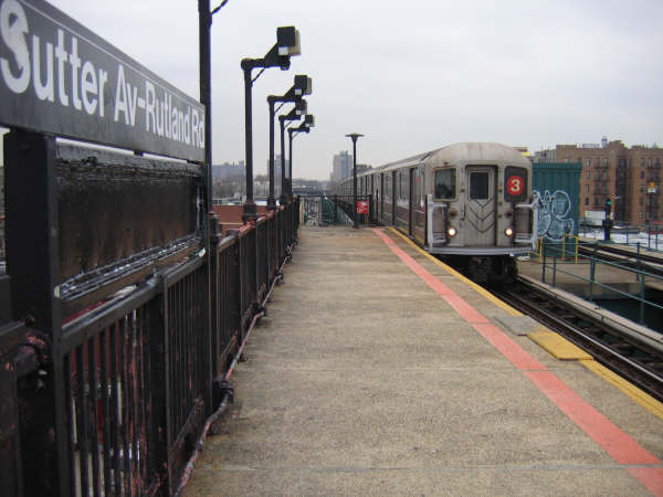 (38k, 600x450)<br><b>Country:</b> United States<br><b>City:</b> New York<br><b>System:</b> New York City Transit<br><b>Line:</b> IRT Brooklyn Line<br><b>Location:</b> Sutter Avenue/Rutland Road <br><b>Route:</b> 3<br><b>Car:</b> R-62 (Kawasaki, 1983-1985)   <br><b>Photo by:</b> Professor J<br><b>Date:</b> 3/2008<br><b>Viewed (this week/total):</b> 0 / 2293