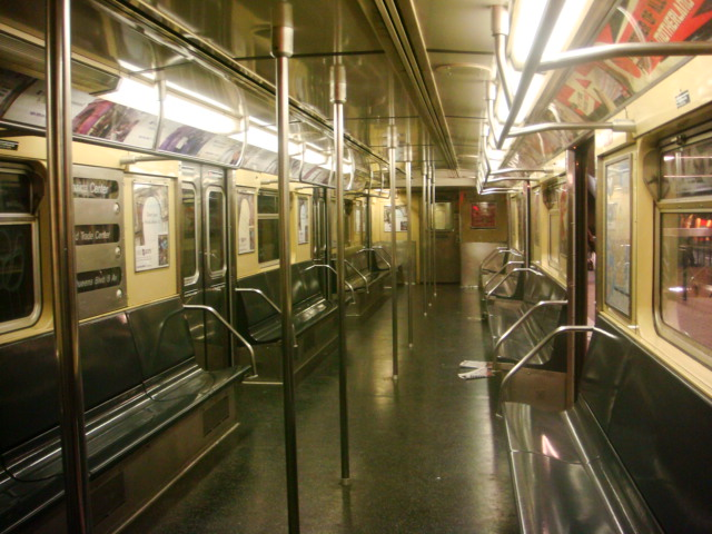 (115k, 640x480)<br><b>Country:</b> United States<br><b>City:</b> New York<br><b>System:</b> New York City Transit<br><b>Route:</b> E<br><b>Car:</b> R-32 (Budd, 1964)  Interior <br><b>Photo by:</b> Danny Molina<br><b>Date:</b> 1/12/2008<br><b>Viewed (this week/total):</b> 4 / 1370