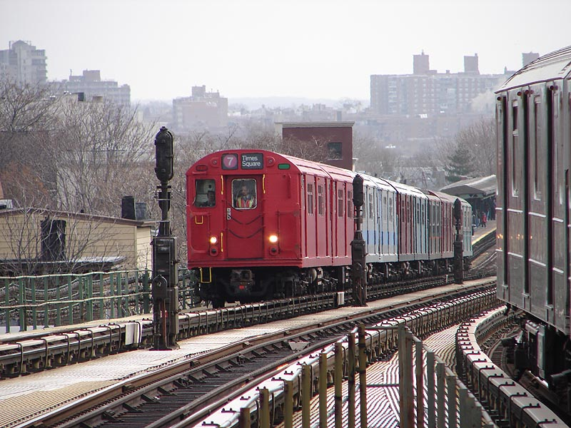 (130k, 800x600)<br><b>Country:</b> United States<br><b>City:</b> New York<br><b>System:</b> New York City Transit<br><b>Line:</b> IRT Flushing Line<br><b>Location:</b> Junction Boulevard <br><b>Route:</b> Museum Train Service (7)<br><b>Car:</b> R-33 Main Line (St. Louis, 1962-63) 9017 <br><b>Photo by:</b> Bob Vogel<br><b>Date:</b> 4/8/2008<br><b>Viewed (this week/total):</b> 0 / 1750