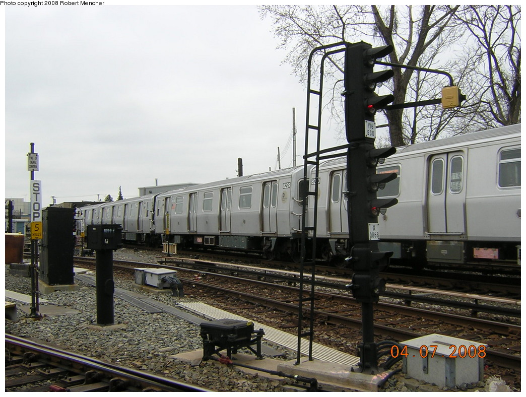 (278k, 1044x788)<br><b>Country:</b> United States<br><b>City:</b> New York<br><b>System:</b> New York City Transit<br><b>Line:</b> BMT Canarsie Line<br><b>Location:</b> Rockaway Parkway <br><b>Car:</b> R-143 (Kawasaki, 2001-2002) 8229 <br><b>Photo by:</b> Robert Mencher<br><b>Date:</b> 4/7/2008<br><b>Viewed (this week/total):</b> 3 / 1459