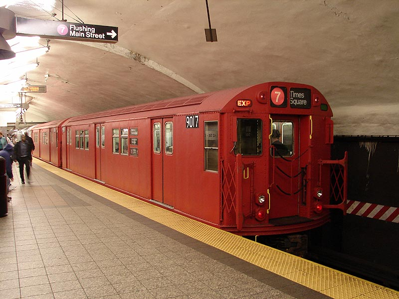 (99k, 800x600)<br><b>Country:</b> United States<br><b>City:</b> New York<br><b>System:</b> New York City Transit<br><b>Line:</b> IRT Flushing Line<br><b>Location:</b> Grand Central <br><b>Route:</b> Museum Train Service (7)<br><b>Car:</b> R-33 Main Line (St. Louis, 1962-63) 9017 <br><b>Photo by:</b> Bob Vogel<br><b>Date:</b> 4/8/2008<br><b>Viewed (this week/total):</b> 5 / 1425